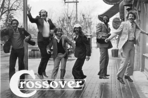 Crossover Jump B&W